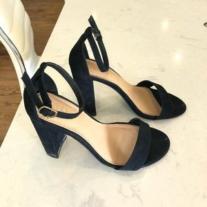 Brash Shoes - black chunky heel
